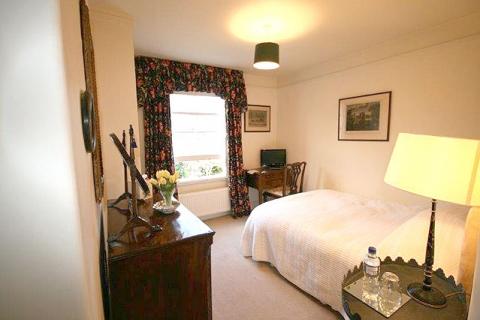 WG Zimmer in London