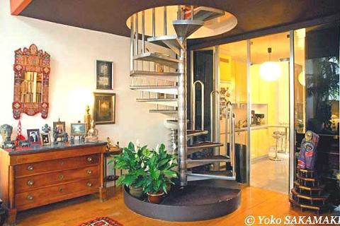 Treppe zu B&B-Zimmern