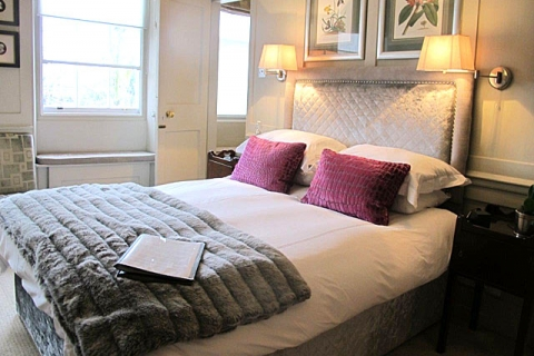 Doppelzimmer grau