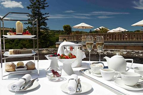 Teatime auf der Terrasse