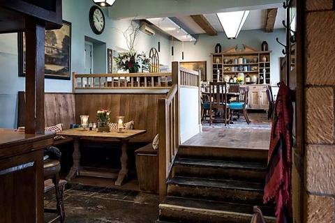 Restaurantbereich im Pub