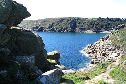 Eine Bucht in der Nähe