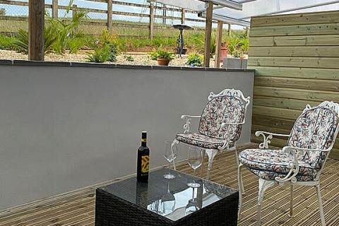 Terrasse von Zimmer 2