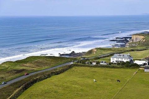 Hotel nahe der Küste