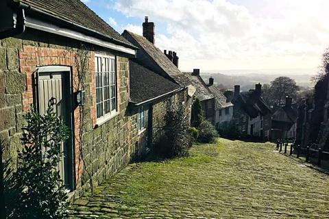 Cottage Leah