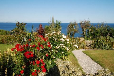 Garten mit Meerblick