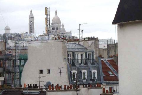 Blick zu Sacré Coeur vom Esszimmer