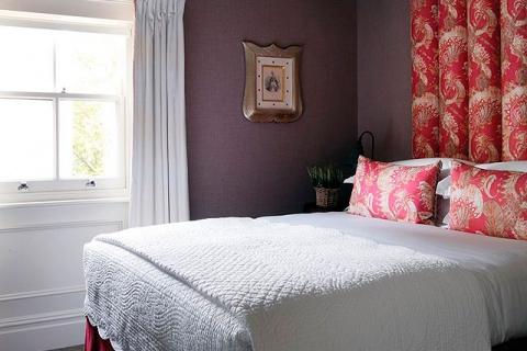 Ein Queen Doppelzimmer