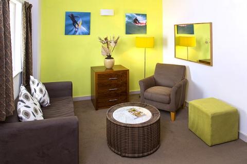 Lounge Apartment Suite C