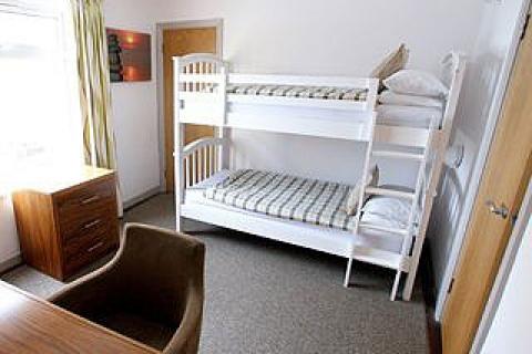 Contemporary Suite Stockbett