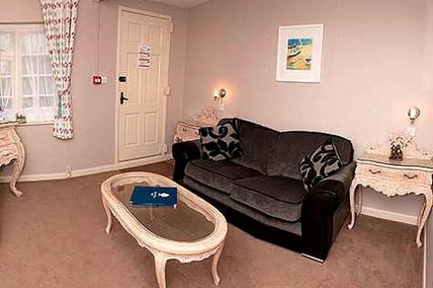 Cottage 26 - Lounge