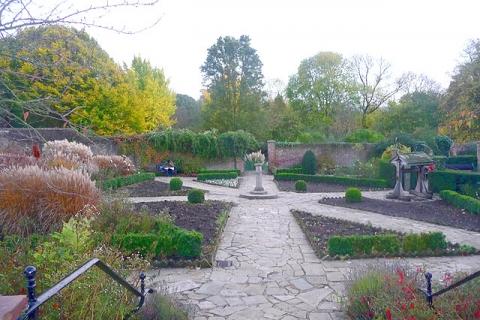 Rookery Gardens